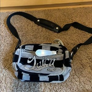 Juicy Couture stripe fleece crossbody purse bag